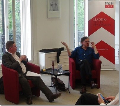 Stuart Bruce chairing a CIPR Thought Leaders event with Tom Foremski